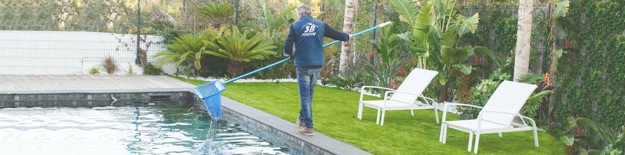 nettoyage et entretien de piscine par pisciniste spécialisé aux issambres, ste maxime et le plan de la tour