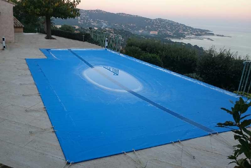 bâche piscine - équipements piscine professionnels à ste maxime, les issambres et le plan de la tour