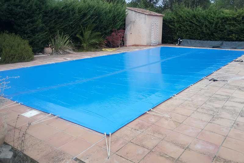 bâche pour piscine - pisciniste professionnel aux issambres et ste maxime