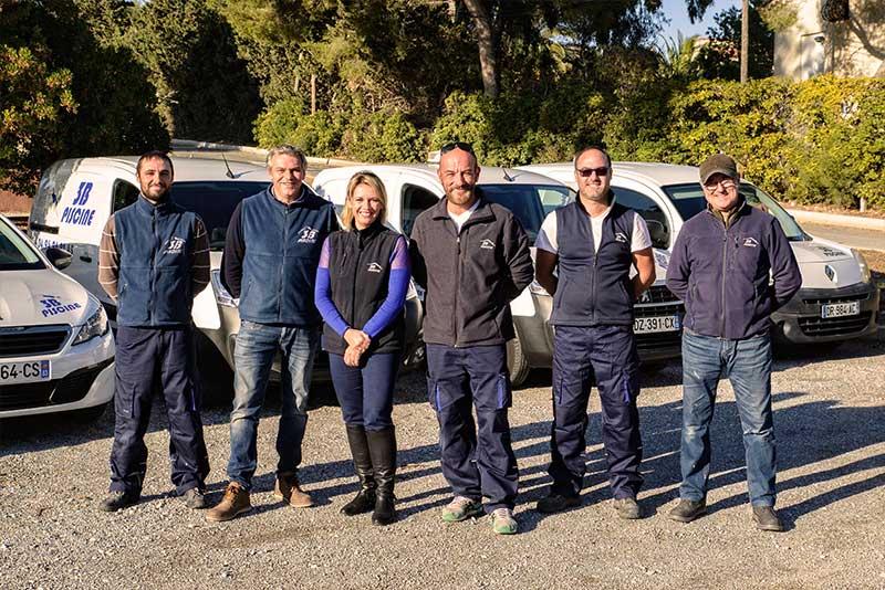 Equipe de 3B Piscine - spécialiste dans l'entretien de piscines depuis plus de 30 ans aux Issambres